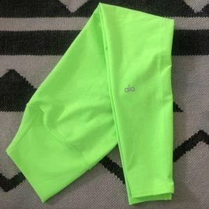 Neon Green Alo Yoga 7/8 pants XXS
